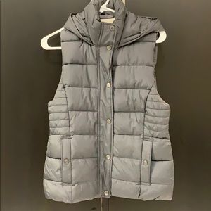 Abercrombie & Fitch Insulated Puffer Vest